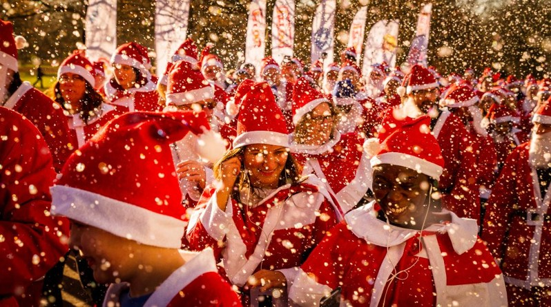 Join the army of Santa's in the 2017 Santa Run